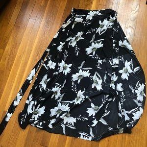 NWT Bebe maxi skirt orig $89 size 4